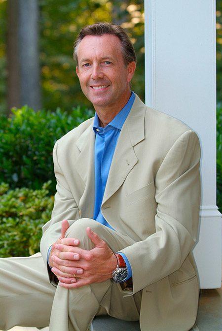 Dr. Bradley J. Olson, a comprehensive dentist in Waldorf, MD.